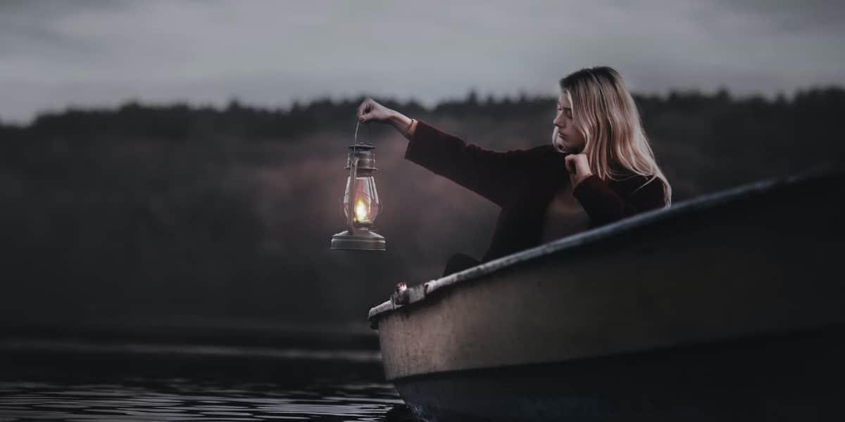 Best Camping Lantern Buying Guide