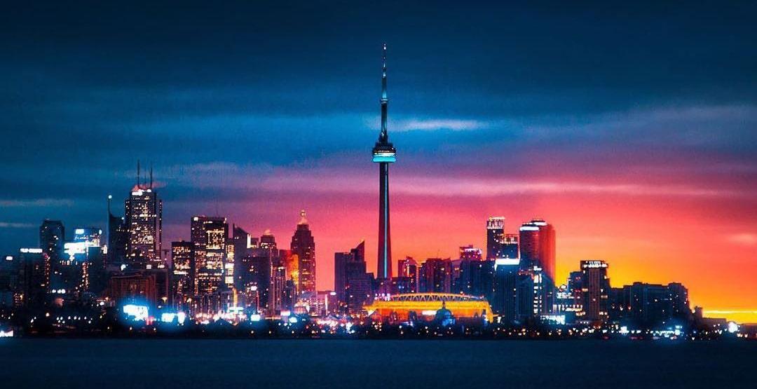 when to visit Toronto